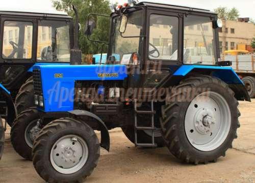 Уборка снега трактором МТЗ 82